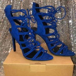 Never be for worn royal blue Zara sandal heels